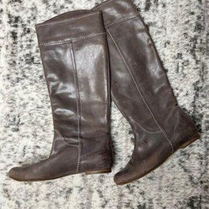 Chloe Brown Tall Leather Boots